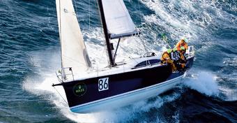 Obalamy mity: jaka jest maksymalna prędkość jachtu?
